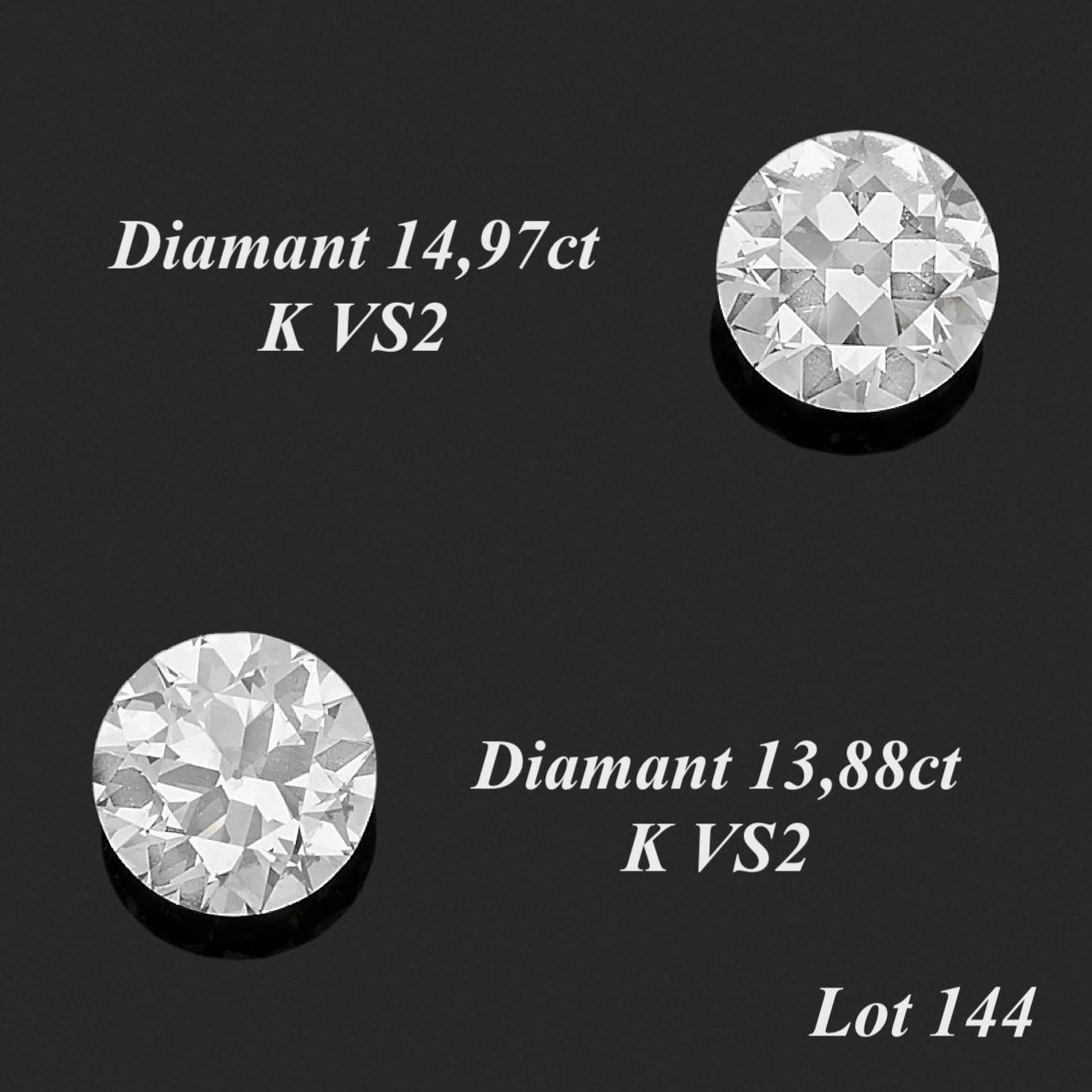 144. Rare PAIRE de DIAMANTS taille ancienne pesant respectivement 13,88 carats et 14,98 carats. Très légères égrisures. Chaque diamant est accompagné d'un rapport d'analyse gemmologique du laboratoire Carat Gem Lab, datant de Février et Mars 2021, attestant leur poids respectif de 13,88 carats et 14,98 carats, leur couleur K, leur pureté VS2, faible fluorescence. 70.000/90.000€ Expert Cukierman
